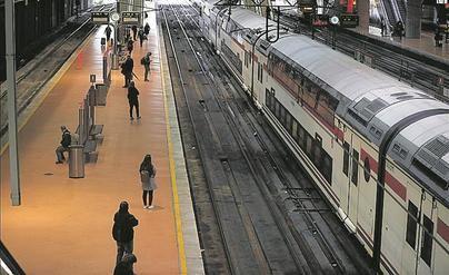 Autobuses y trenes pueden ocupar ya todos sus asientos