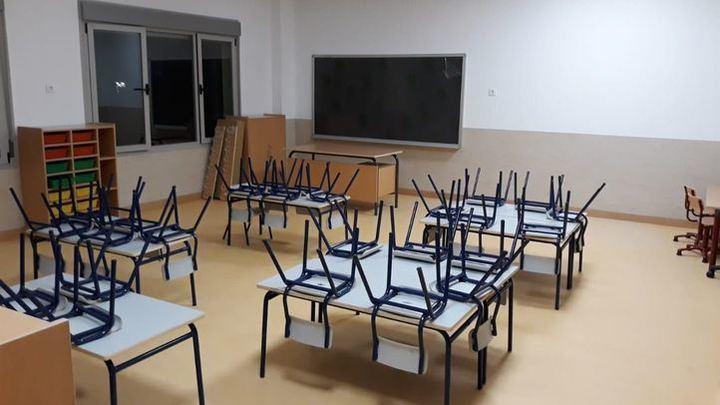 La Comunidad de Madrid informa de las medidas para la vuelta a los centros educativos de profesores, personal administrativo y de servicio