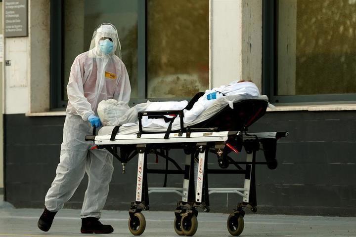 Los muertos diarios repuntan en España