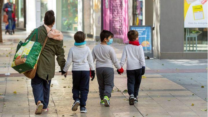 El Gobierno comunica que los niños menores de 14 años podrán salir ``a pasear´´