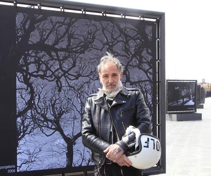 Exposición de Alberto García Alix en el Bulevar Salvador Allende