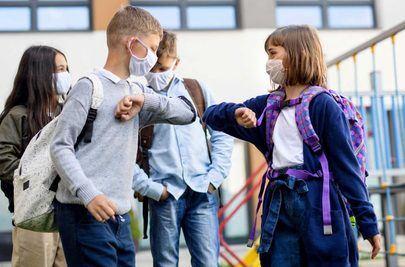 El Gobierno de Sanse entrega mascarillas en los colegios