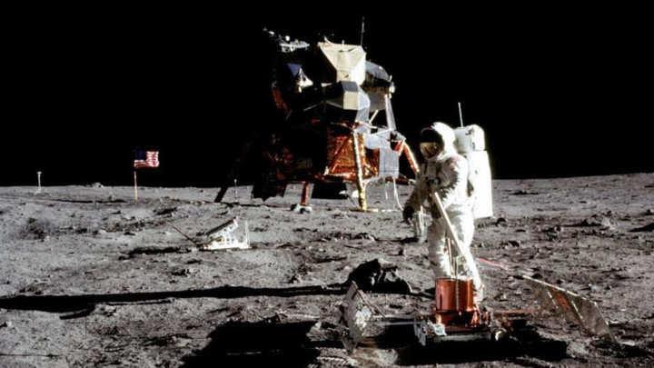Conferencia en Alcobendas sobre el primer viaje a la luna