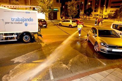 Baldeo nocturno de las calles del Centro y Norte de Alcobendas