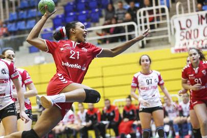 Primera de las tres finales para las chicas del Helvetia Balonmano Alcobendas