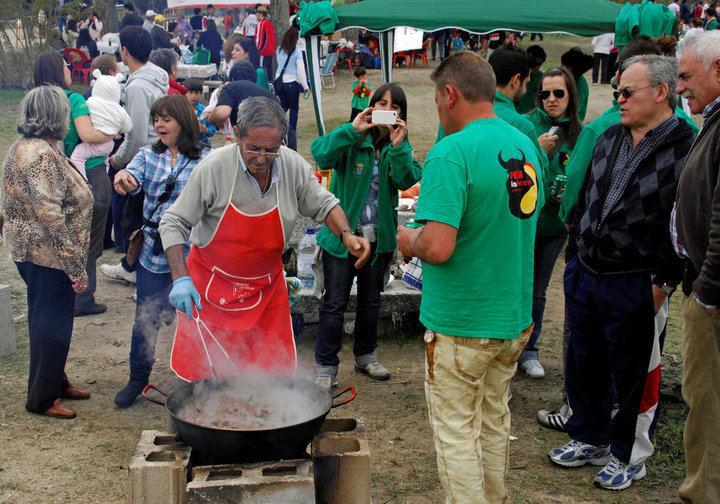 Concurso de Calderetas, Migas y Repostería el 2 de mayo en Sanse