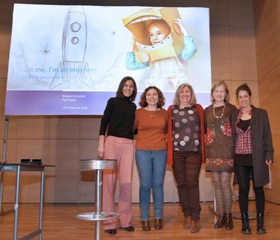Los escolares de Alcobendas se interesan por el papel de las mujeres en la investigación