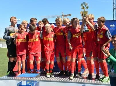 Imagen de los chicos sub 14 del FC Nordsjaylland que han ganado el campeonato