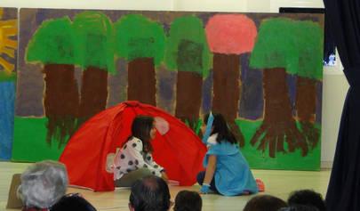 Imagen de la representaci�n realizada por los alumnos del colegio Base de La Moraleja