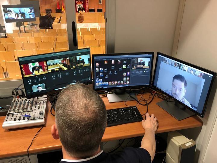 Se moderniza los plenos municipales con la posibilidad de participar de manera telemática