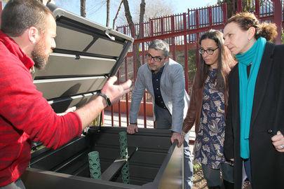 El Ayuntamiento dota los huertos vecinales con una nueva compostadora