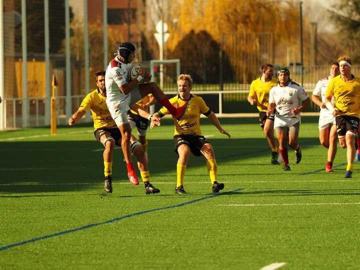 Primera derrota de la temporada del Lexus Alcobendas Rugby ante el Burgos
