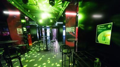 La Comunidad de Madrid estima que en su primera noche abrieron 800 discotecas y bares de copas