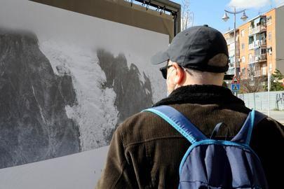 """Melting Landscapes"" de Fernando Moleres en el Bulevar Salvador Allende"