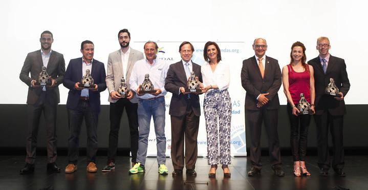 FUNDAL reconoce a empresas y deportistas
