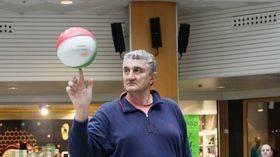 Los veteranos del Real Madrid de baloncesto se miden al Valcude Alcobendas