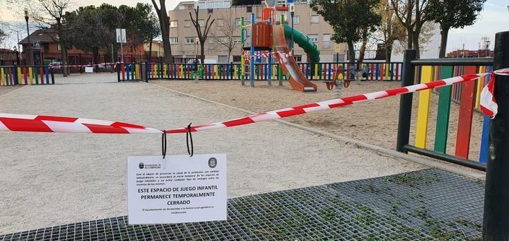 Alcobendas cierra zonas verdes y parques infantiles por precaución