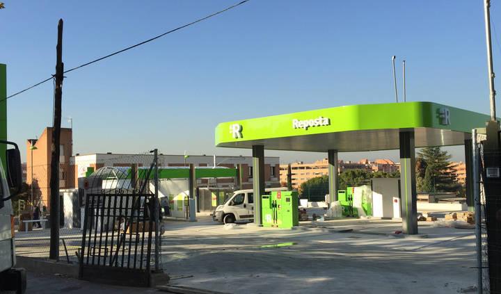 Imagen de la polémica gasolinera recién construida