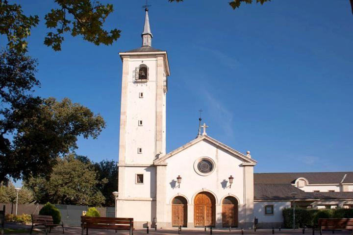 La Iglesia de Las Esclavas de La Moraleja entra en el Catálogo de Bienes protegidos