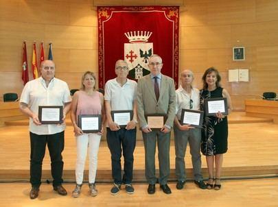 Imagen de los profesores homenajeados en el Ayuntamiento de Alcobendas