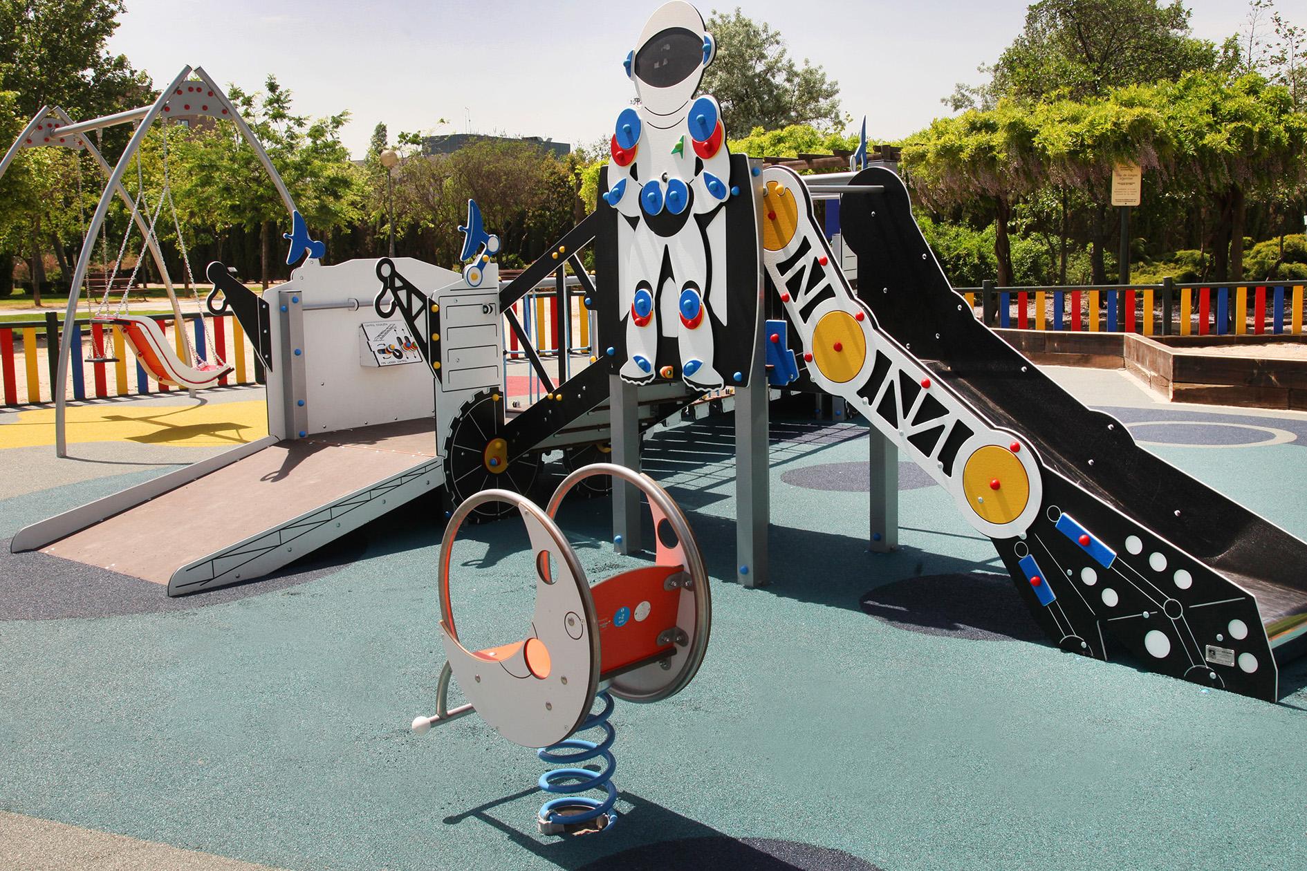 Primer parque infantil inclusivo en el municipio de for Jardin de la vega alcobendas