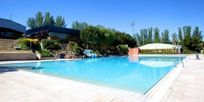 Las piscinas de verano del Polideportivo Municipal de Alcobendas se abren con dos turnos de uso