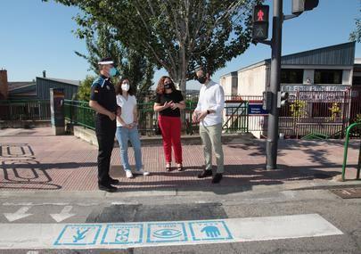 Alcobendas refuerza los pasos de peatones de los colegios