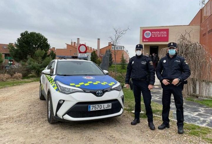 Sanse pone en marcha el puesto de atención de la Policía Local en las urbanizaciones