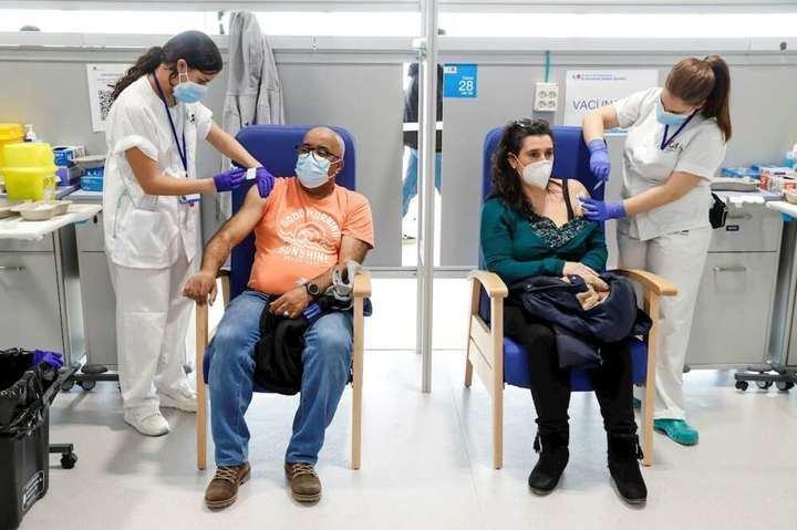 La Comunidad de Madrid comienza a vacunar a menores de 60 años
