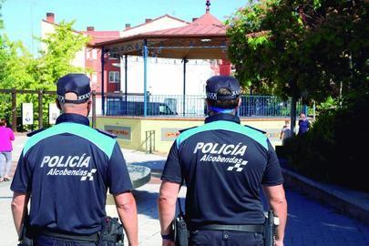 La Policía Local incrementa su presencia en parques y espacios públicos