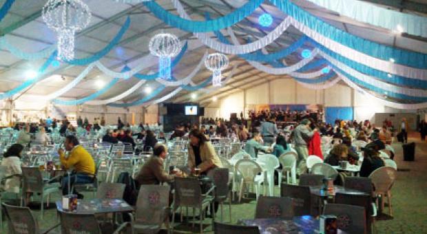 Paco Buyo leyó el pregón de la XXXIV edición de la Feria del Marisco en Alcobendas
