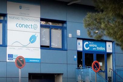 Alcobendas vuelve a ofrecer un servicio de ordenadores e internet gratuito