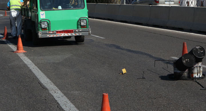 Operación Asfalto en el Camino de Hoyarrasa y la calle Begonia