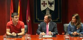 De izqda a drcha: Yago Blando, coordinador general de Arc�poli, Ignacio Garc�a de Vinuesa, Alcalde de Alcobendas, Monica S�nchez Gal�n