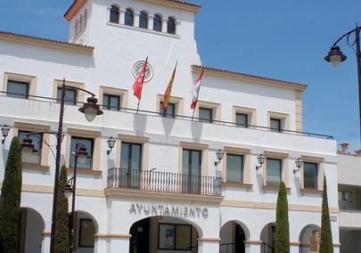 Más de 100 empleados del Ayuntamiento de San Sebastián de los Reyes protestan contra el Alcalde