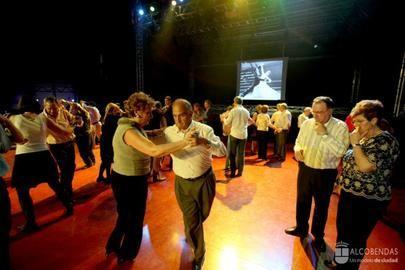 Doble sesión de Bailes de Salón en La Esfera de Alcobendas