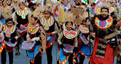 Desfile, baile de máscaras y entierro de la sardina