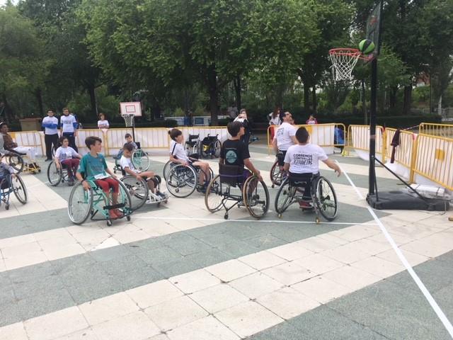 Mil personas participan en La Carrera de Las Capacidades por el Arroyo de la Vega