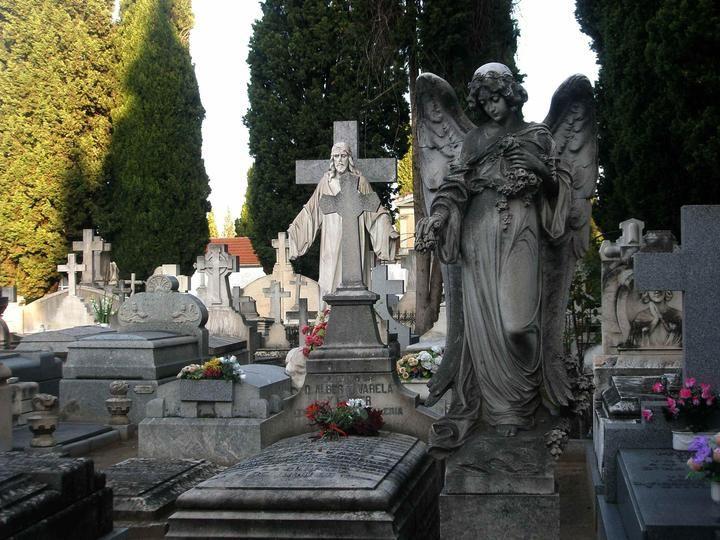 La Comunidad permitirá la circulación a cementerios de áreas restringidas el Día de Todos los Santos