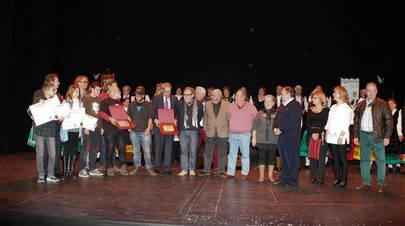 Imagen de todos los premiados en el acto