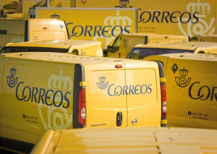 Carrefour estrena una oficina de CORREOS en su línea de cajas de San Sebastián de los Reyes