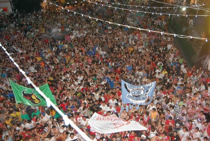 Imagen del pregón de las fiestas en la Plaza del Ayuntamiento del municipio
