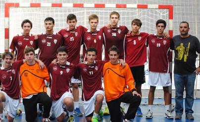 Imagen del equipo juvenil de la Academia del Club Balonmano Alcobendas, favorito a conquistar el torneo.
