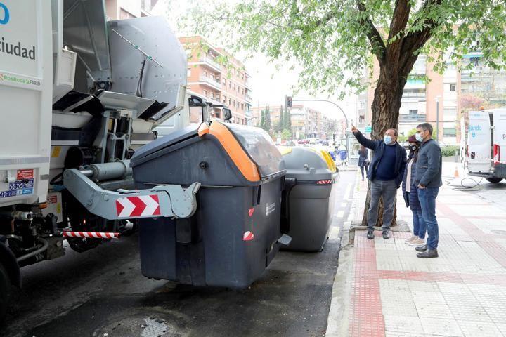 El Ayuntamiento limpiará los contenedores todos los meses