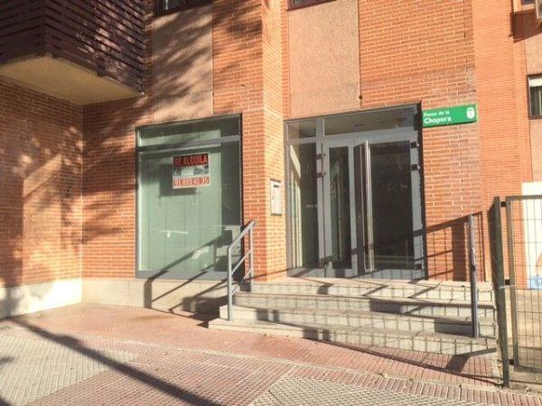 Cuatro Locales comerciales disponibles en el Centro de Alcobendas