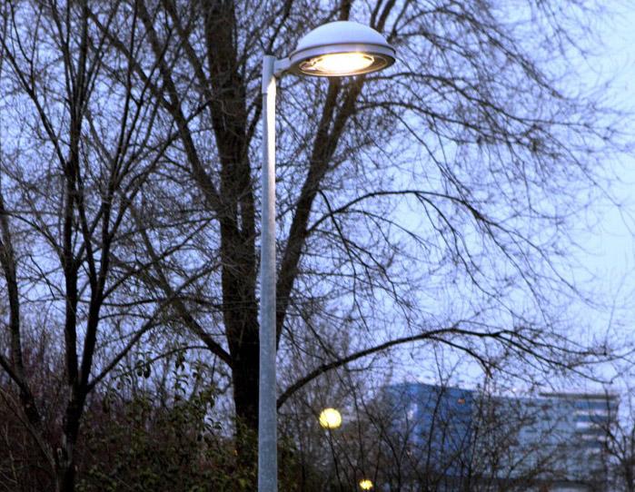 El Ayuntamiento va a cambiar 2.900 bombillas en La Moraleja