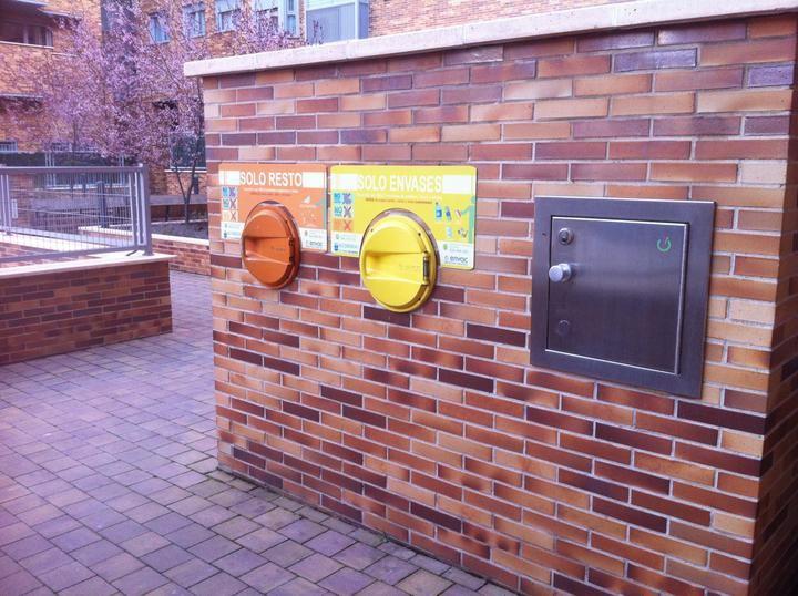 La recogida neumática de residuos dan servicio a 30.000 vecinos.