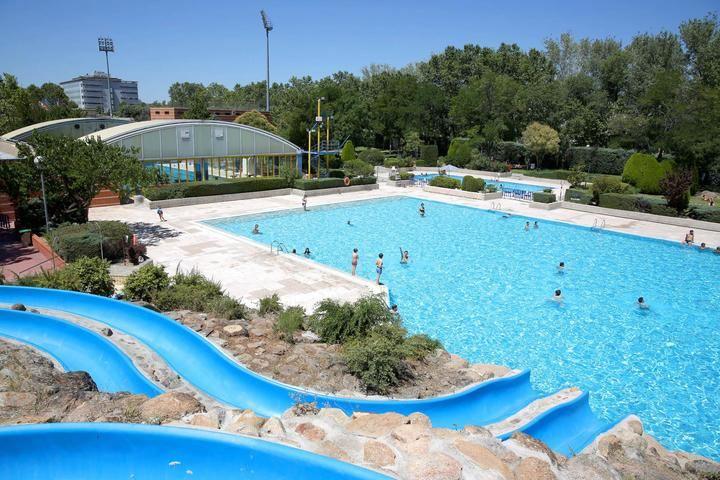 Las piscinas municipales mantienen los turnos y las medidas de seguridad en agosto