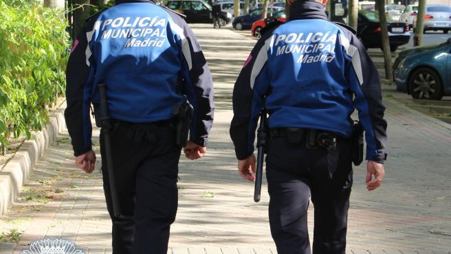 La policía municipal de Madrid multó este domingo a 1.699 personas