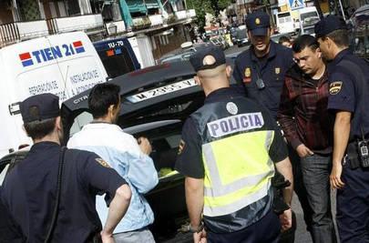 Detienen a un ladrón de casas 'in fraganti'